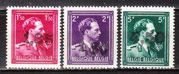 724U/W**  Leopold III Col Ouvert Surchargé GHISLENGHIEN - Série Complète - MNH** - LOOK!!!! - 1946 -10%