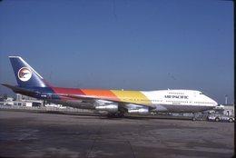 SLIDE / AVION / AIRCRAFT   KODAK  ORIGINAL   AIR PACIFIC  B 747  VH-EBK - Diapositives