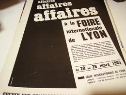ANCIENNE AFFICHE SUR LA  FOIRE DE LYON 1965 - Autres