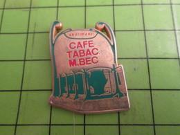 1615c Pin's Pins /  Rare & De Belle Qualité : THEME BOISSONS / CAFE TABAC M BEC VAUGIRARD BOUCHE DE METRO - Beverages
