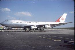 SLIDE / AVION / AIRCRAFT   KODAK  ORIGINAL     KOREAN AIR CARGO  B 747  HL-7451 - Diapositives