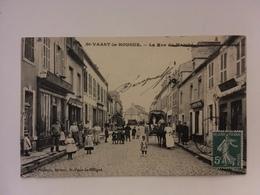 Saint Vaast La Hougue - La Rue Du Marché - Saint Vaast La Hougue
