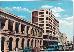 Tripoli: CHEVROLET SUBURBAN '57, 3x FIAT 1100 - Via 24 Dicembre - (1960) - Libya - Toerisme