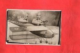 Photo Carte  - SOUVENIR De LYON - L.M.A.3 - AVION - AVIATEUR - Avions