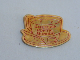 Pin's CAFETARIA HOPITAL MONDOR, ROUGE  02 - Medical