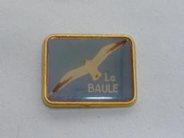 Pin's MOUETTE, LA BAULE - Animals
