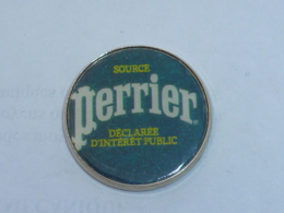 Pin's SOURCE PERRIER - Beverages