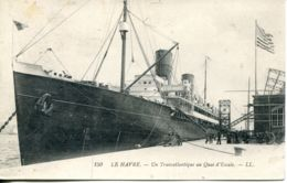 N°67588 -cpa Le Havre -un Transatlantique Au Quai D'escale- - Paquebots