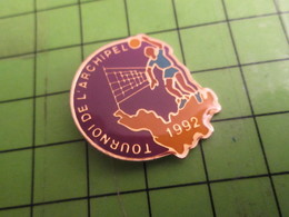 1415B Pin's Pins /  Rare & De Belle Qualité : THEME SPORTS / VOLLEY-BALL TOURNOI DE L'ARCHIPEL 1992 - Volleyball