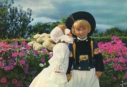 Enfants De Cornouaille    Edit  Jos  No 4252 - Bretagne
