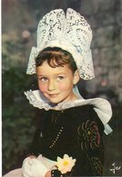 Fillette En Costume De Benodet-fouesnant  Edit  Jos  No.3170 - Bretagne