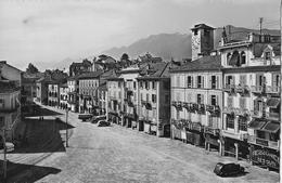 LOCARNO → Piazza Grande Mit Oldtimer, Fotokarte Ca.1950 - TI Tessin