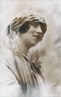 Roumanie - S.A.R. La Princesse Hélène De Roumanie Née Princesse Royale De Grèce - Familles Royales