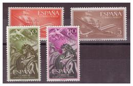 SPAGNA - 1955/1956 - QUATTRO VALORI DEL PERIODO. UN VALORE CON MACCHIA SULLA GOMMA. - MNH** - 1931-Oggi: 2. Rep. - ... Juan Carlos I