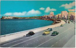 Havana: USA CARS 1940-1950  - 'Firestone' Neon - Malecon Avenue - Cuba - Toerisme
