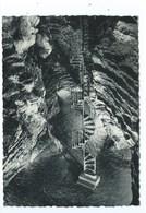 Couvin Escaliers D'accès Des Grottes De L'Abîme - Couvin
