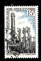 COTE D'IVOIRE 271° 15f Rouge, Bleu Et Noir Industrialisation Raffinerie D'Abidjan (10% De La Cote + 015) - Côte D'Ivoire (1960-...)