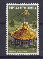 Papua New Guinea 1971 Mi. 193  5c. Nationales Kulturerbe (III) Rundhaus Aus Dem östlichen Hochland - Papouasie-Nouvelle-Guinée