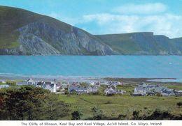1 AK Irland Ireland * The Cliffs Of Minaun, Keel Village And Bay Auf Achill Island Im County Mayo * - Mayo