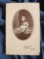Photo Format Cabinet  Ruffini à Montargis  Joli Bébé Assis  Après 1900 - L402 - Personnes Anonymes