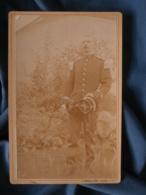Photo Format Cabinet  Militaire Capitaine Du 15e Chasseurs à Pied Dans Un Jardin  Décembre 1893  - L403 - Anciennes (Av. 1900)