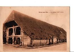 DIVES-SUR-MER. - Les Halles (XIII° Siècle). A Circulé En 1931. En Très Bon état. Animé. Voir SCAN. - Dives