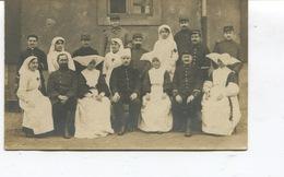 Belle Carte Photo - Soldats Blessés 25/41/106ème Rgt Avec Des Infirmières Croix Rouge Et Des Religieuses - Mars 1915 - - Guerre 1914-18