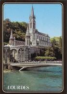 """LOURDES - LA BASILICA - VIAGGIATA 1989 - ANNULLO A TARGHETTA """"CENTRE MONDIAL DE PELEGRINAGE..."""" - Luoghi Santi"""