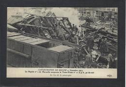 CPA Poste Facteur Courrier Non Circulé Déraillement Du Train Poste Marseille Melun Chemin De Fer - Poste & Facteurs