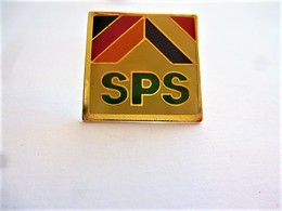 PINS SPS LOGO / 33NAT - Badges