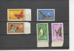 CONGO - Faune - Papillons - Insectes - Lépidoptères - Cymothoe, Euchloron, Papilio, Lolaus, - Congo - Brazzaville