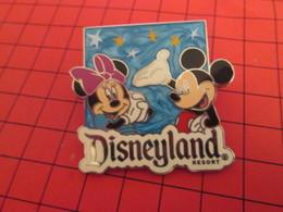 DIS-SPE Pin's Pins : BEAU ET RARE : DISNEY Très Grand Pin's DISNEYLAND RESORT MINNIE MICKEY - Disney