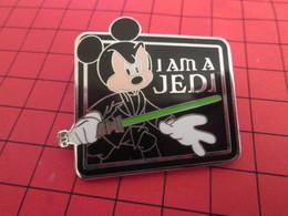 DIS-SPE Pin's Pins : BEAU ET RARE : DISNEY Très Grand Pin's MICKEY I AM A JEDI  C'est Cellllla Oui ! - Disney