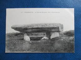 CPA 56 LOCMARIAQUER LA TABLE DES MARCHANDS - Locmariaquer