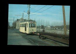 THUIN CIMETIERE  TRAM SNCV  N° ART 300 TIRANT DES LORRIES A RAILS - Tramways