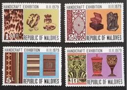 Maldive Islands  1979 Handicraft Exhibition - Timbres