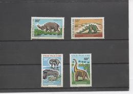 CONGO - Faune - Animaux Préhistoriques : Kentrosaure, Dinatherium, Brachiosaure, Arsinoitherium - Congo - Brazzaville