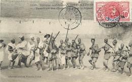 SOUDAN - TAM TAM DES CHASSEURS AVANT LE DEPART-  CPA ETHNIQUE - HAUT NIGER - CIRCULEE EN 1913 - TRES BEL ETAT - Sudan