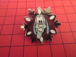 DIS-SPE Pin's Pins : BEAU ET RARE : DISNEY Très Grand Pin's FLOCON DE NEIGE ? DINGO OU PLUTO ? - Disney
