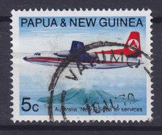 Papua New Guinea 1969 Mi. 180  5c. Aeroplane Flugzeug Fokker F 27 über Der Vulkanischen Insel Manam - Papouasie-Nouvelle-Guinée