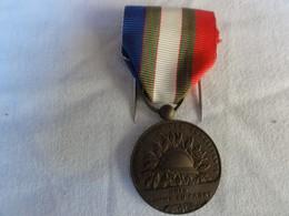 Medaille Unis Comme Au Front - France