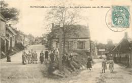 02 - MONCEAU LES LEUPS - Les Deux Principales Rues En 1905  (belle Carte Animée) - France