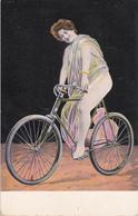CPA Femme Sur Sa Bicyclette Sexy Glamour Vélo Cyclisme Cycliste Cycling Radsport Illustrateur (2 Scans) - Cyclisme