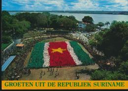 Suriname - Vlag Suriname Gevormd Door De Jeugd [AA23-1.431 - Surinam