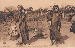 BIENHOA  Femme Annamites Allant Au Marché - Vietnam