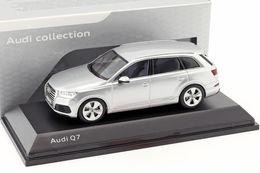 Audi Q7 1/43 Spark - Spark
