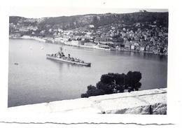 NAVIRE DE GUERRE EN MEDITERRANEE - Boats