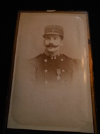 Photo 19ème CDV Originale Militaire Médaille Photographe Bayol Toulon   .. Photographie CDV18B - Anciennes (Av. 1900)