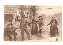 L'Auvergne - Présentation Des Dames - 5878 - Danses