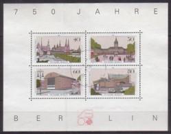Berlin , Block 8 , O  (4424) - Blocks & Sheetlets